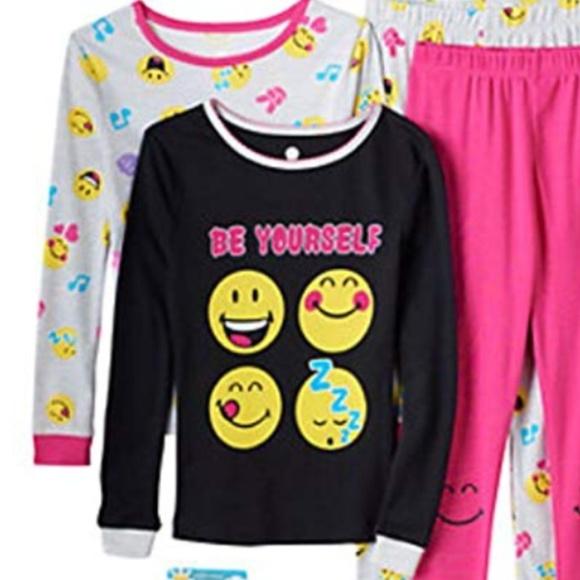 Smiley World Other - NEW Emoji 4 pc PJ Set Emoticon Smiley World Pajama